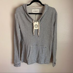NWT Obey striped hoodie in cream/gray, S